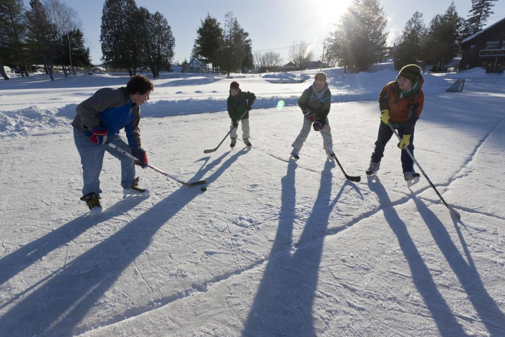 Hockey, pick up hockey, pond hockey... however your kids play - it's best if you know the rules. Cheer intelligently!