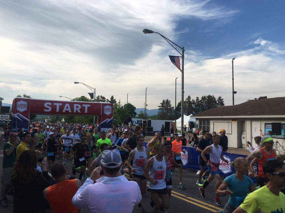 Over 1,000 runners about to take on the breathtaking LP Marathon and Half Marathon courses.